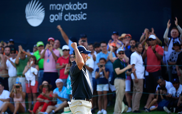 Matt Kuchar Wins Mayakoba Golf Classic