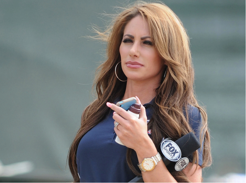 Holly Sonders  nackt