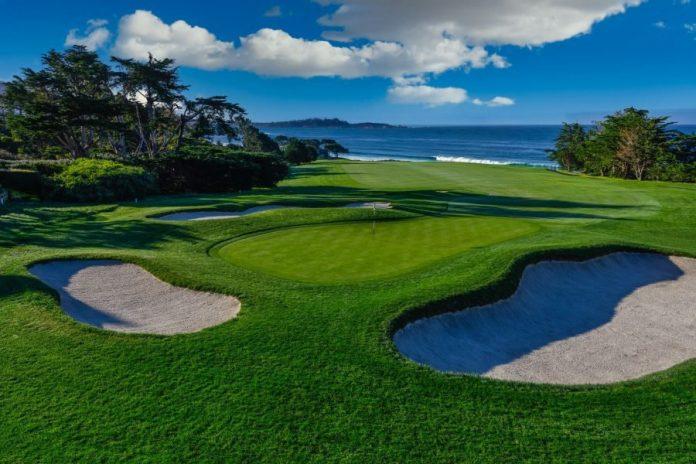 Pebble Beach Golf Links Hole 11